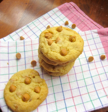 Peanut Butter Chip Pudding Cookies